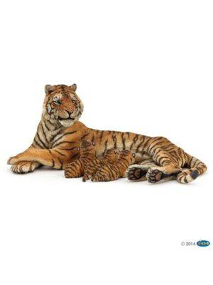 Tigrica atri mláďatá