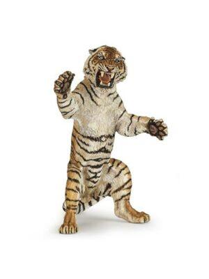 Stojaci útočiaci tiger